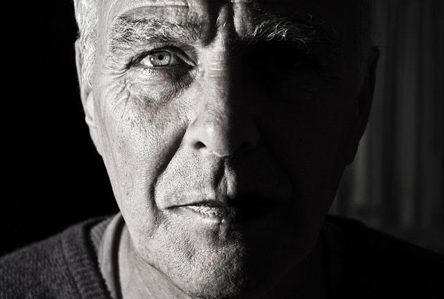 tvář starce