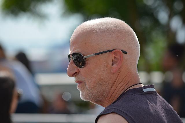 Strácate vlasy? Desať výhod plešiny u mužov
