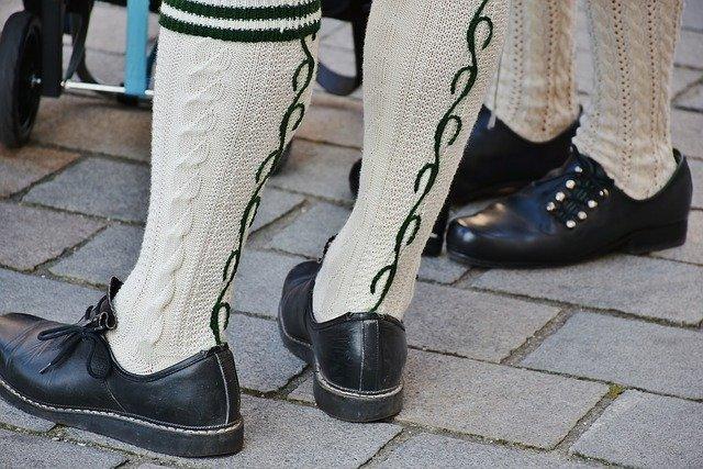 Podľa čoho si muži vyberajú topánky